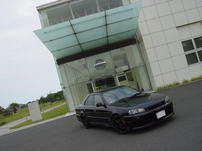 SKYLINE_kyushu plant guest hall.jpg