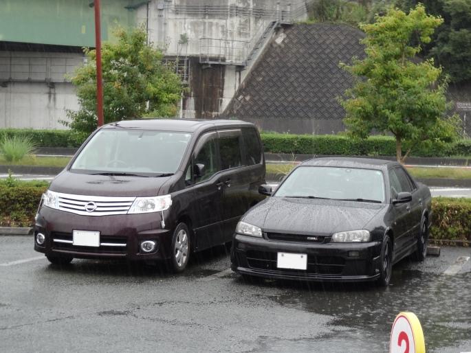 SKYLINE'13_one's own car.jpg