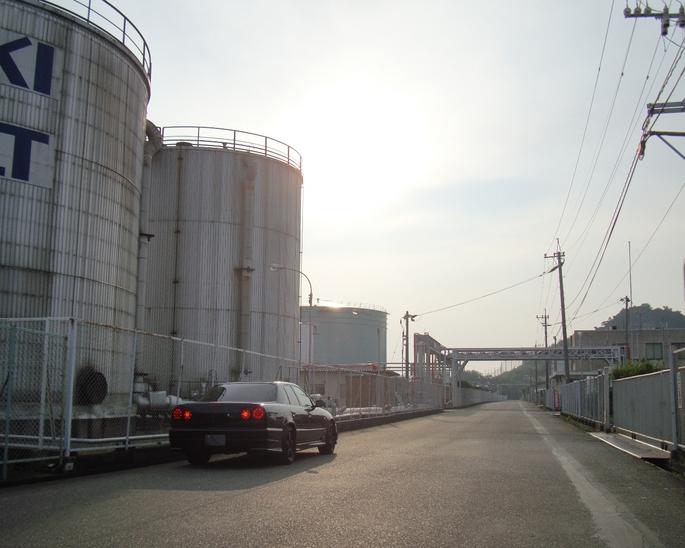 SKYLINE'09_oil-base.JPG